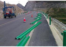 波形护栏立柱短了怎么办如何加长波形护栏立柱