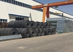 护栏板相关新闻_春节临近钢材价格涨跌变化