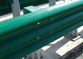 高速护栏板价格回暖波形护栏原材料钢坯价格上涨20元