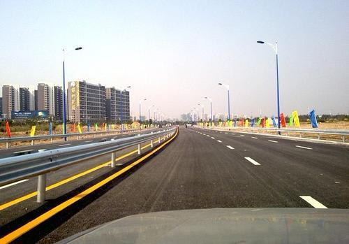 高速公路护栏板施工的验收要求