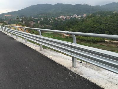 山东聊城生产高速公路波形防护栏的厂家