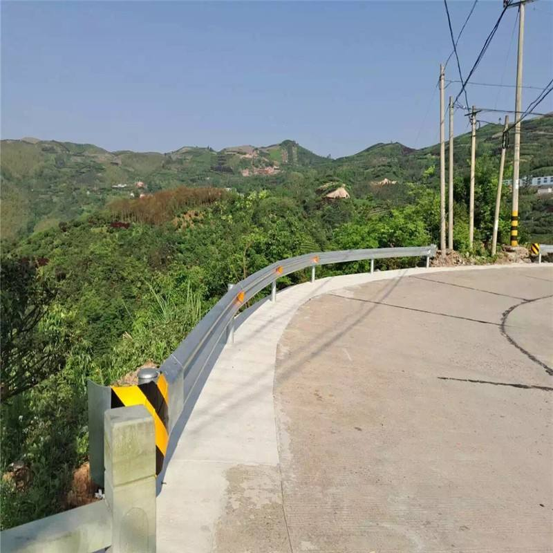 高速护栏板的型号规格以及用途
